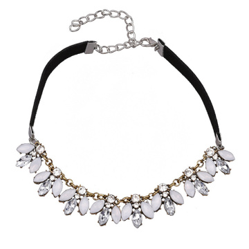 Black Velvet Choker Flower Crystal Pendant Women Necklace